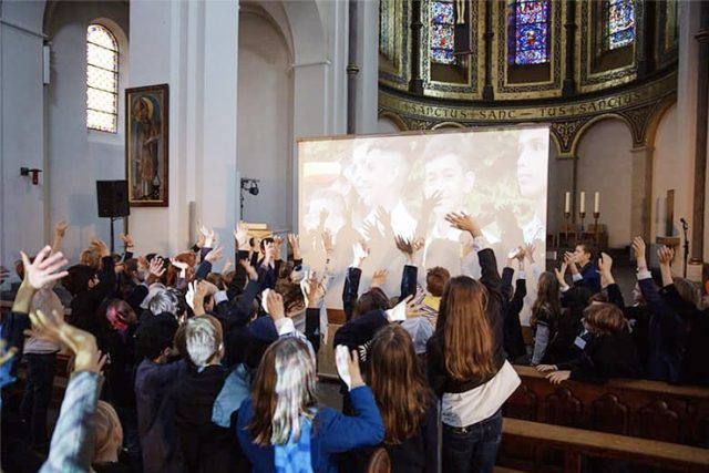 Musikprojekt-Erlös als Corona-Hilfe: Schüler spenden 1.000 Euro für junge Argentinier