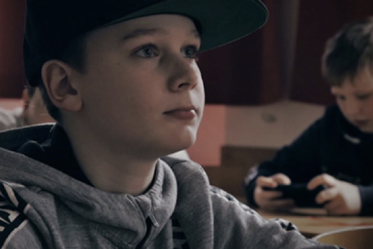 """Schülerfilm-Premiere """"K.I. – Die intelligente Schule"""" – Premiere in Coronazeiten"""